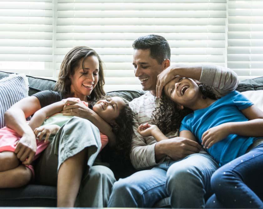 descriptive image of family of four