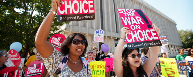 In U.S., Nonreligious, Postgrads Are Highly 'Pro-Choice'