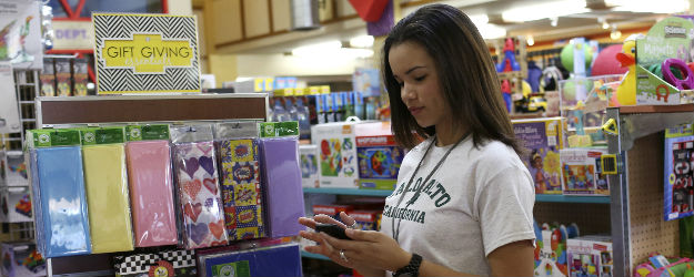 For Many, Mobile Technology Increasing Retail Shopping