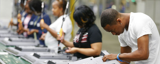 U.S. Job Creation Index Holds at Six-Year High in June