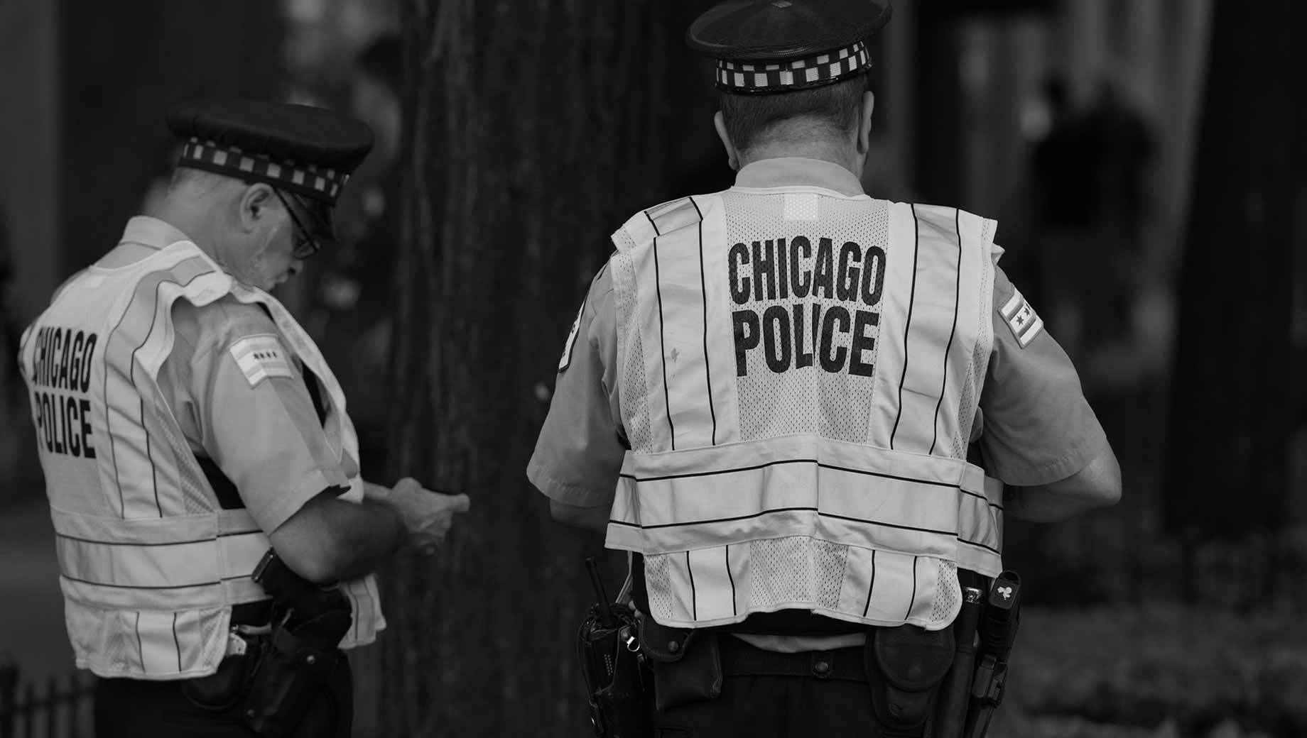 Low Trust in Police Complicates Crime Problem in Chicago