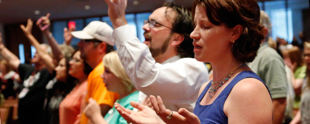 In U.S., Strong Link Between Church Attendance, Smoking