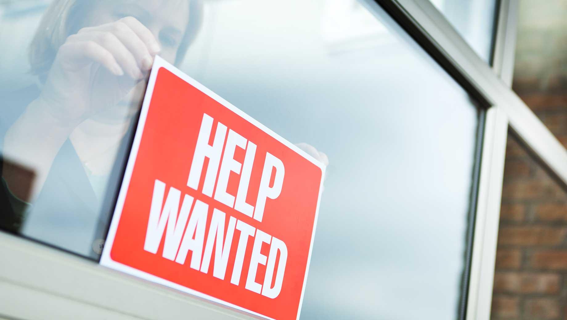 GALLUP – U.S. Job Market Evaluations Improved, Still Lag Pre-Pandemic