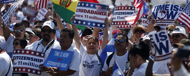 Americans Favor Giving Illegal Immigrants a Chance to Stay