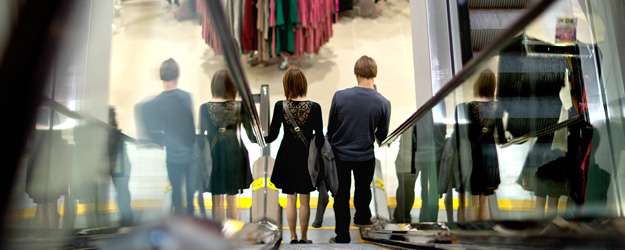 U.S. Consumer Spending in December Highest in Four Years