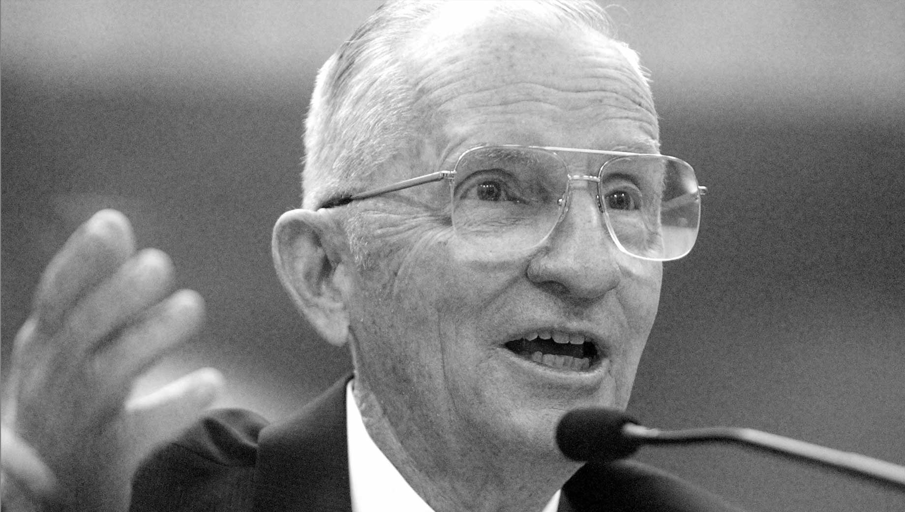 U.S. Voters Had Mixed Views of Ross Perot