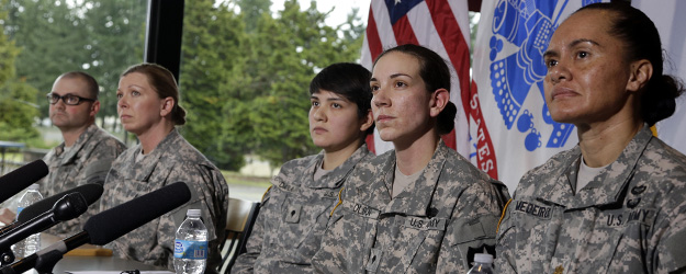 Americans Favor Allowing Women in Combat