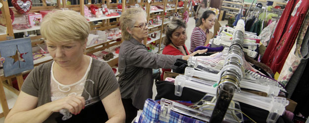 U.S. Consumer Spending Declined in January, as Is Typical