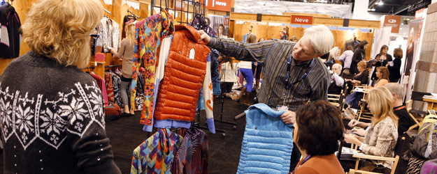U.S. Consumer Spending in January Similar to December