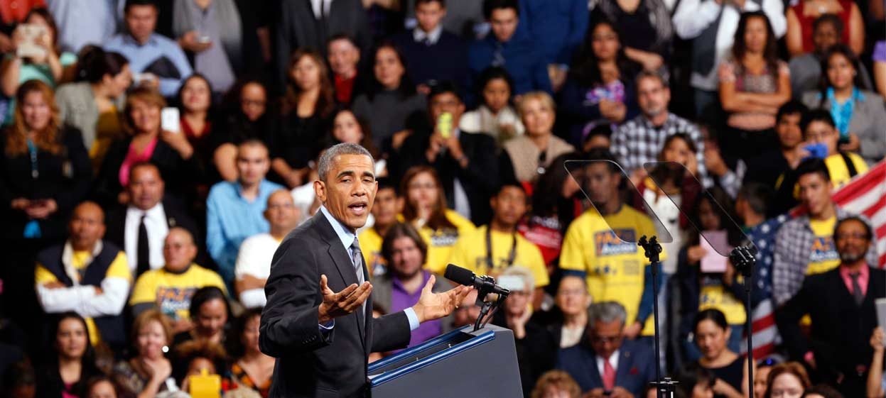 U.S. Hispanics Back Obama Immigration Actions