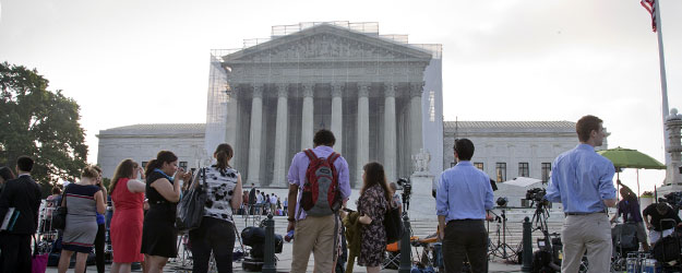 Americans' Approval of Supreme Court Near All-Time Low