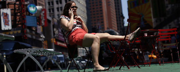 In U.S., Mobile Tech Aids Interpersonal Communication Most
