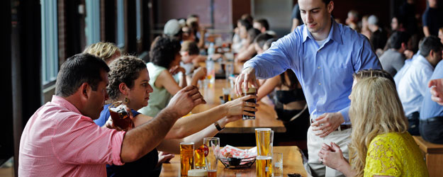 U.S. Drinkers Divide Between Beer and Wine as Favorite