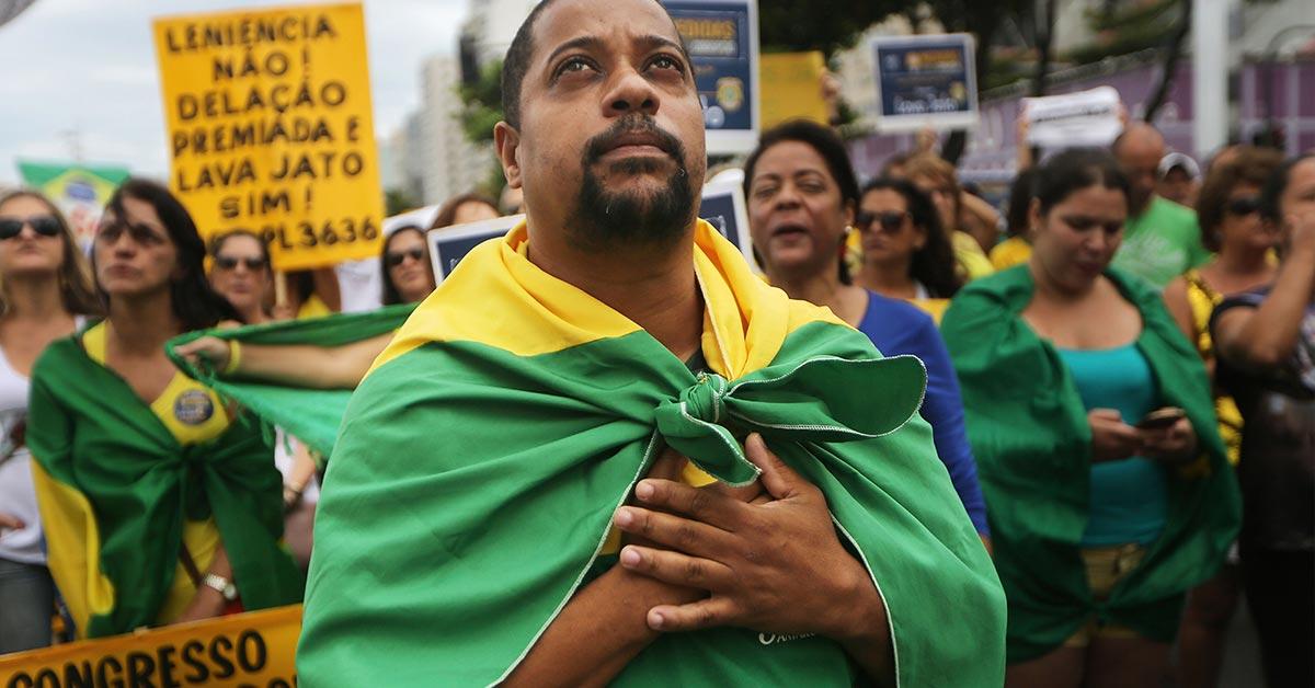 Brazilians Face Confidence Crisis Ahead of Key Election