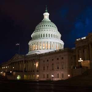 Half in U.S. Continue to Say Gov't Is an Immediate Threat