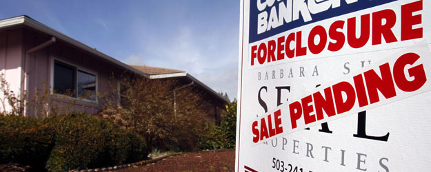 Majority of Americans Want Gov't to Help Stop Foreclosures