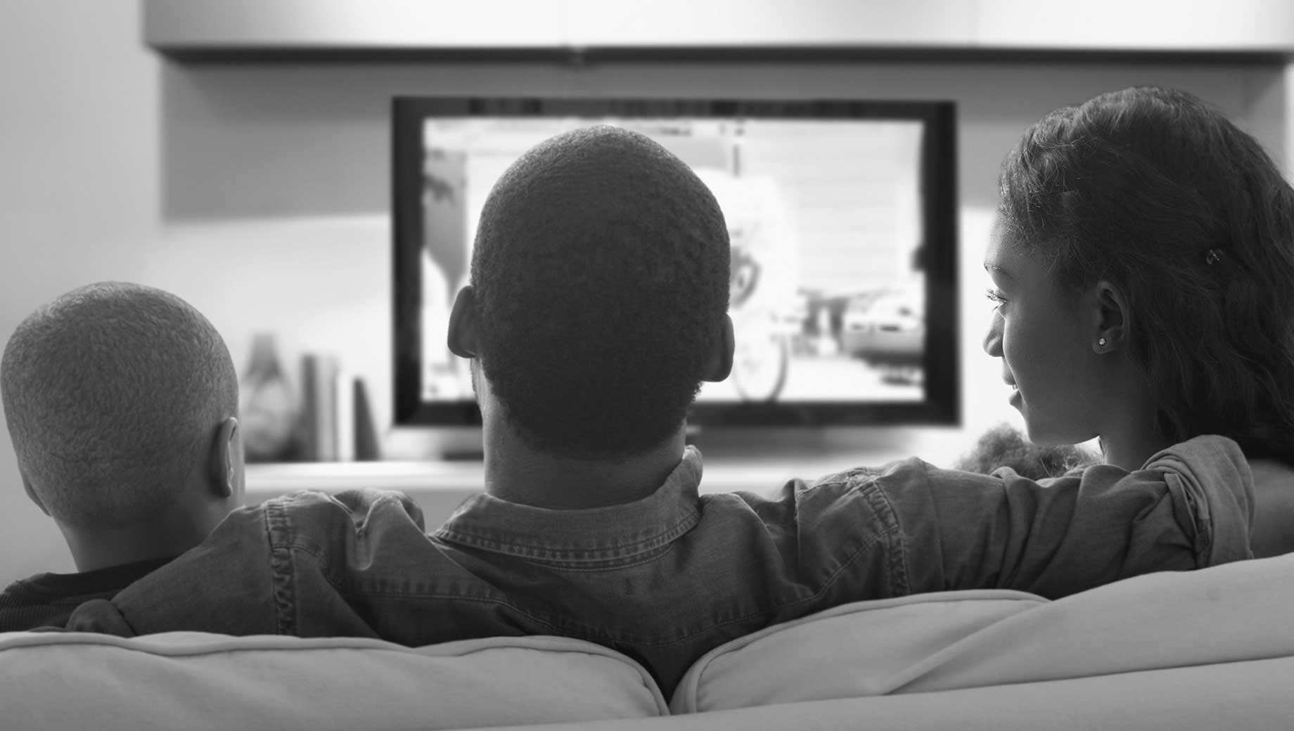 Ideal Evenings for Most Americans Involve Family Time, TV